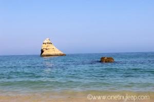 onetinyleap_algarve_praia_dona_ana_lagos