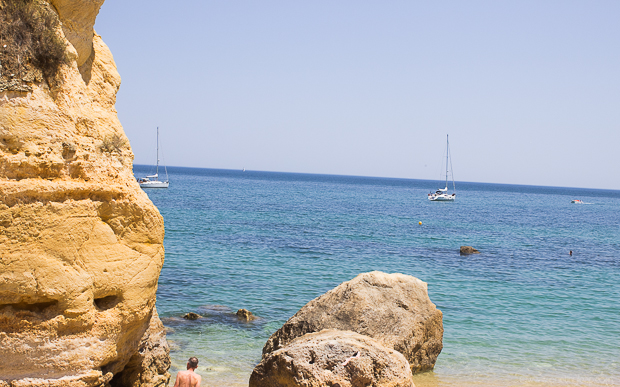 One Tiny Leap Travel & Lifestyle Blog • Algarve with toddlers