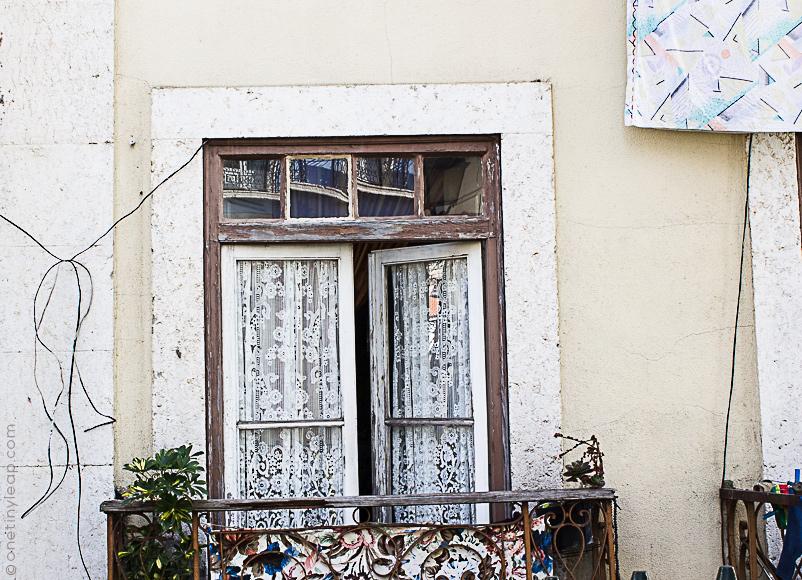 Visiting Alfama, Lisboa