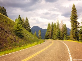 yellowstone_road_north_lres
